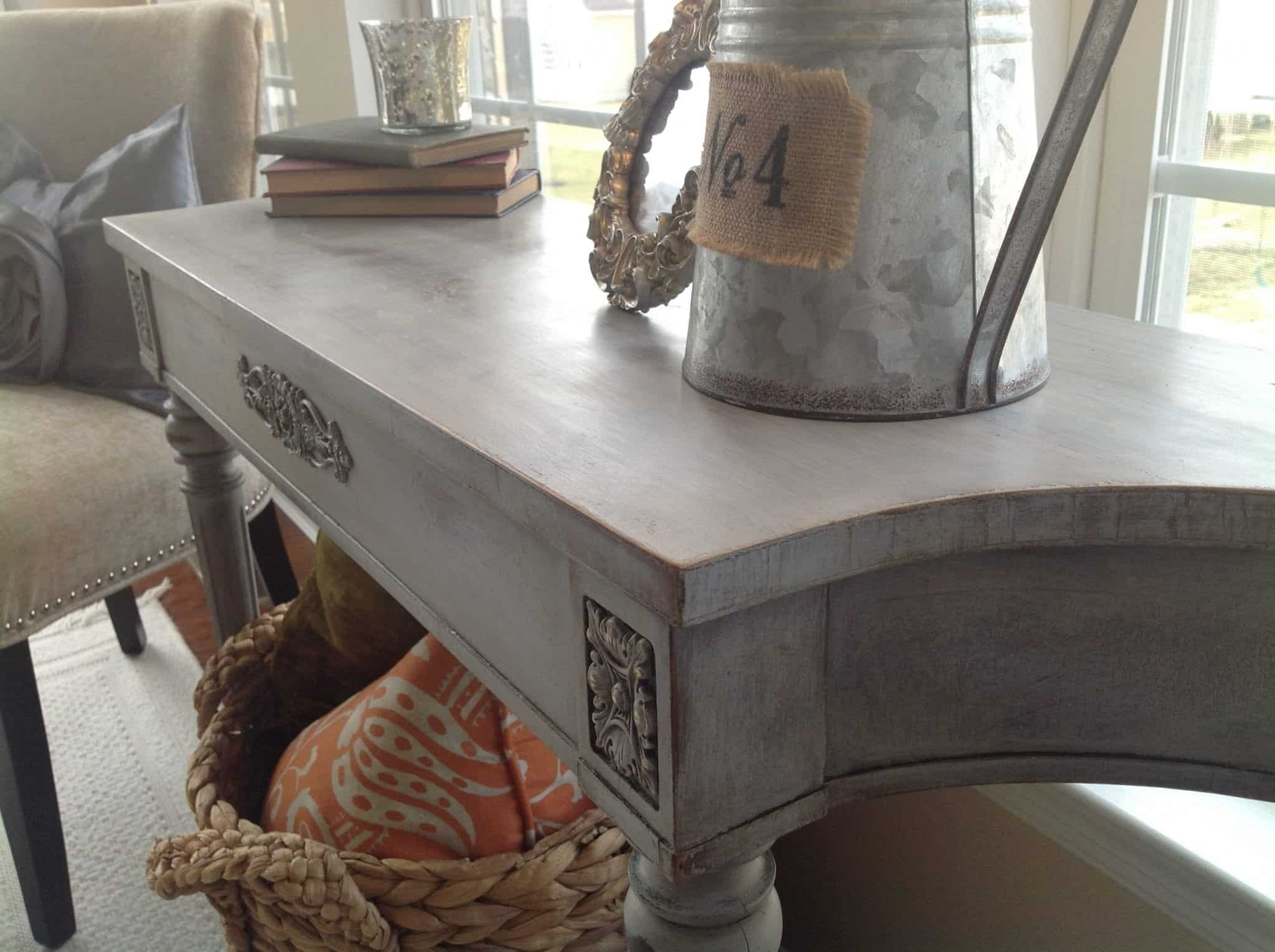 DIY My First Annie Sloan Chalk Paint Experience