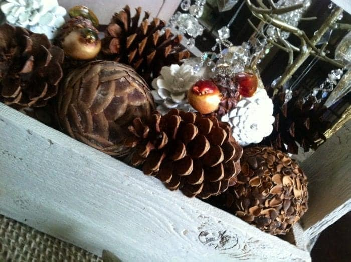 Winter Decorating Inspiration. A round up of reader projects - by SnazzyLittleThings.com