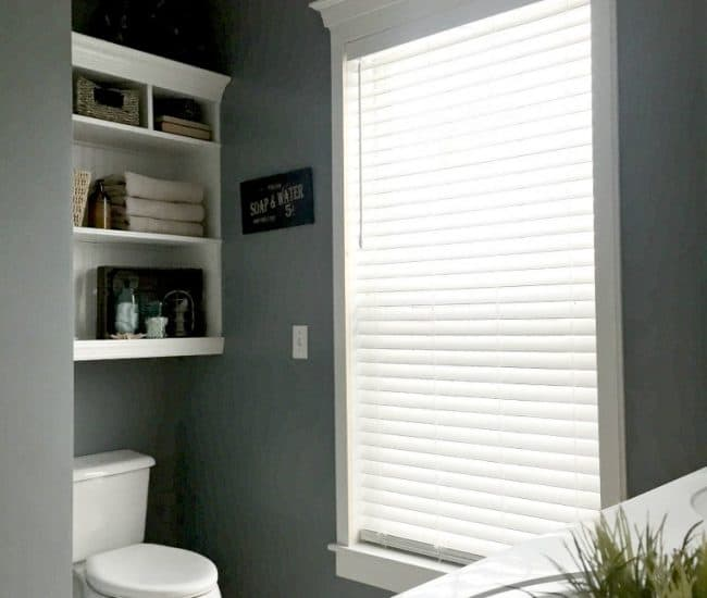 Bathroom Remodel with Levolor Blinds - by SnazzyLittleThings.com