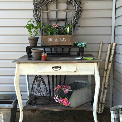 Front Porch Potting Table @Snazzylittlethings