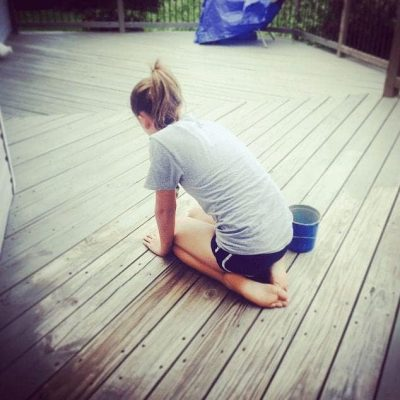 Outdoor deck staining - by SnazzyLittleThings.com