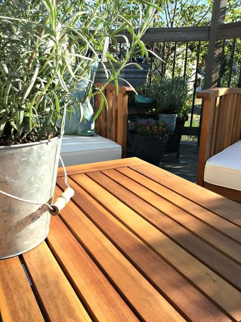Deck Makeover Before and After | DIY + Decor by SnazzyLittleThings.com