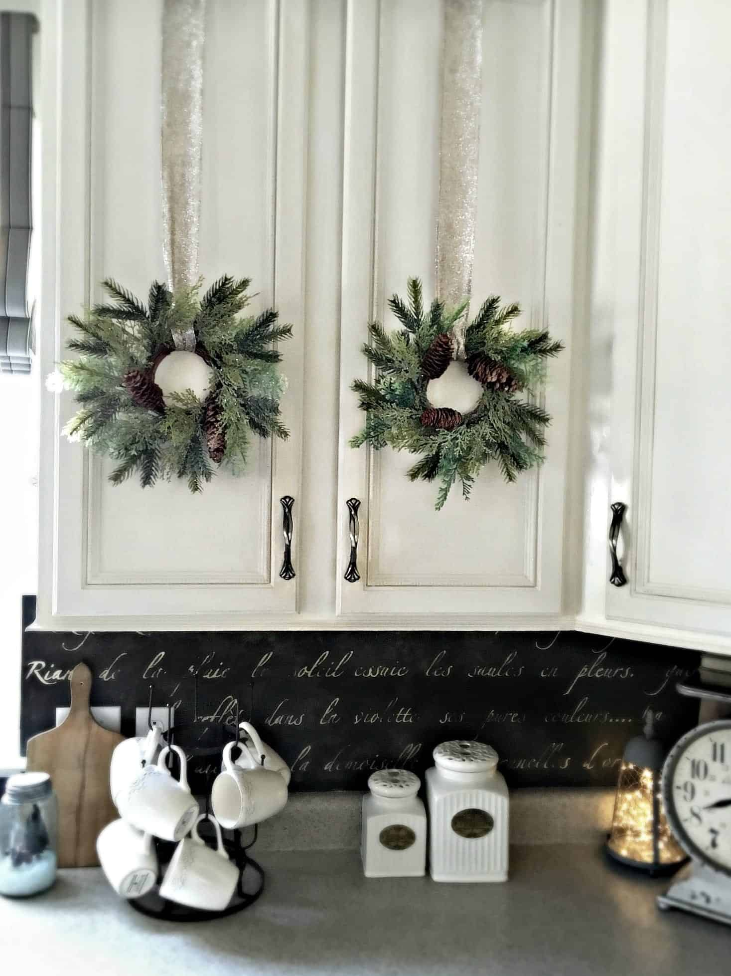 Diy stenciled french backsplash kitchen wreaths holiday home tour 2015 by snazzylittlethings dailygadgetfo Choice Image