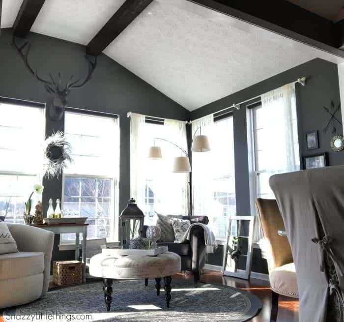 Paint colors living area (sunroom), by SnazzyLittleThings.com