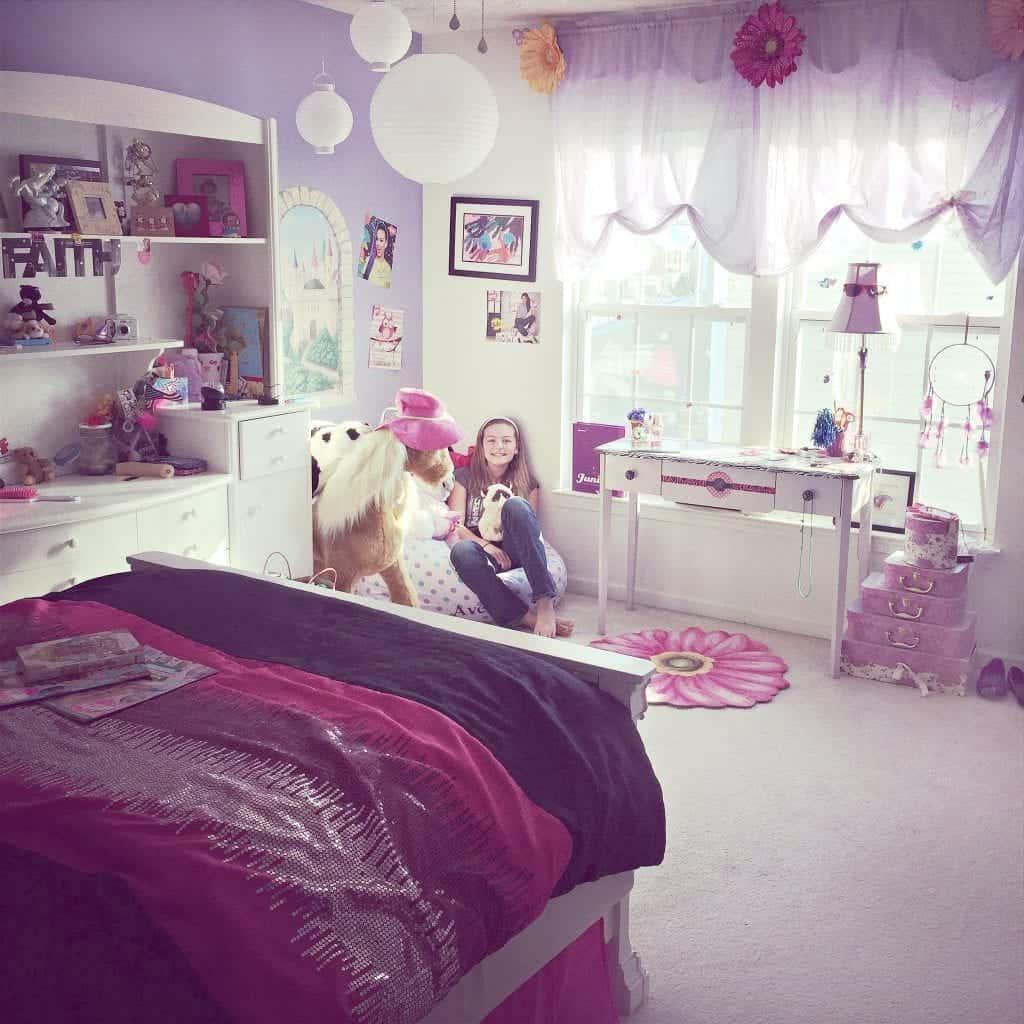 Daughter's bedroom before 2