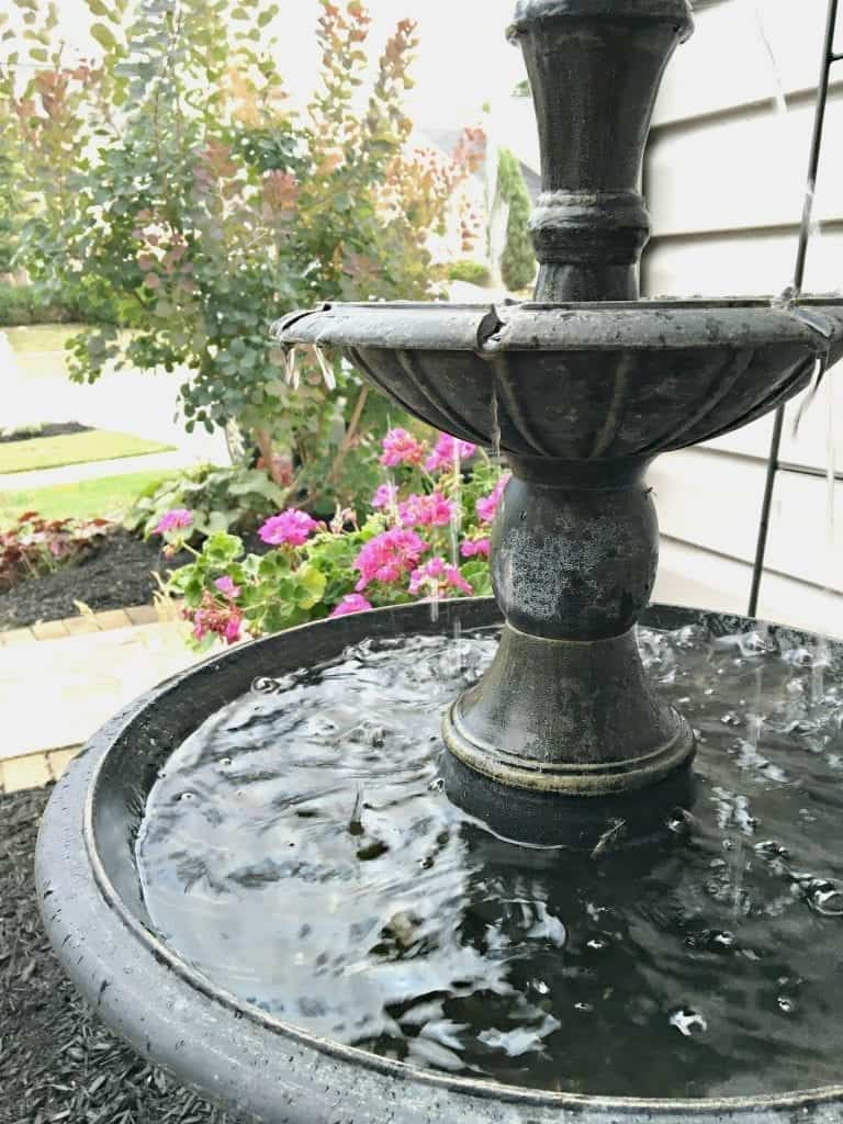 Birdbath at SnazzyLittleThings.com