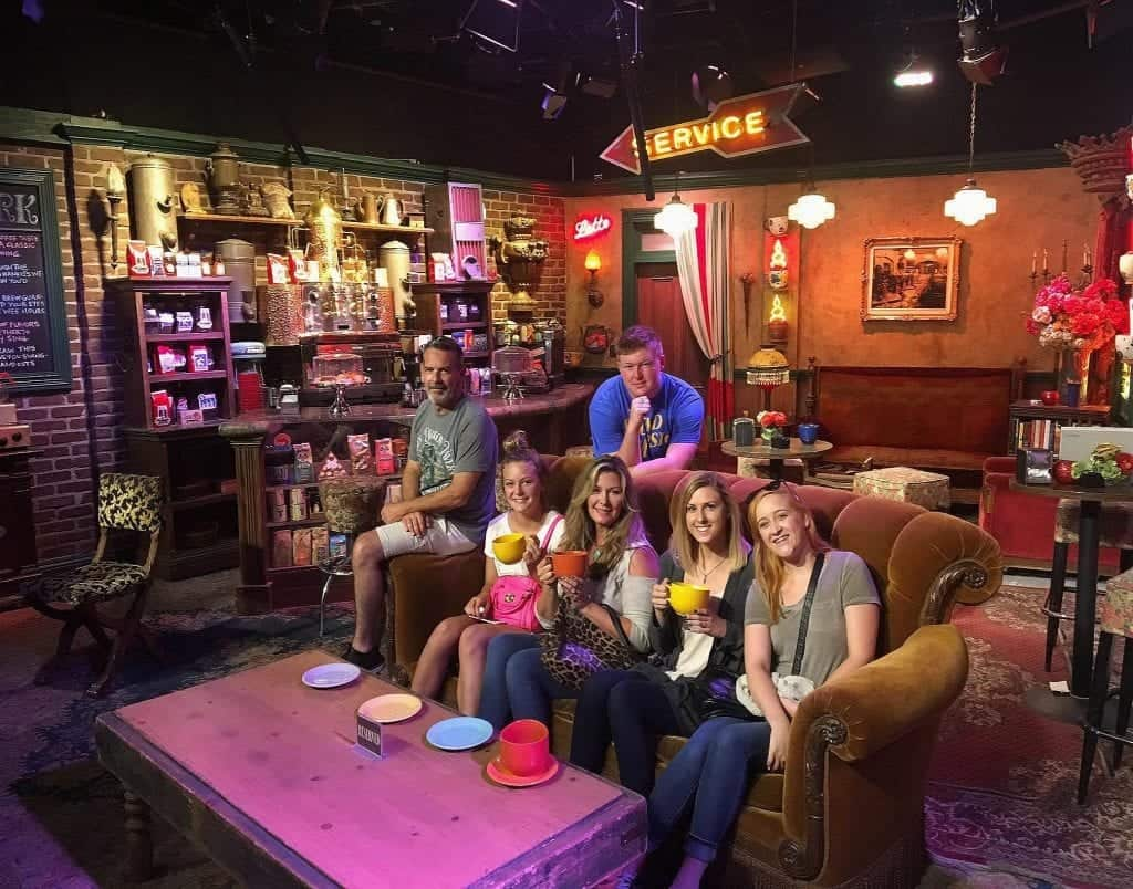Central Perk Warner Brothers tour