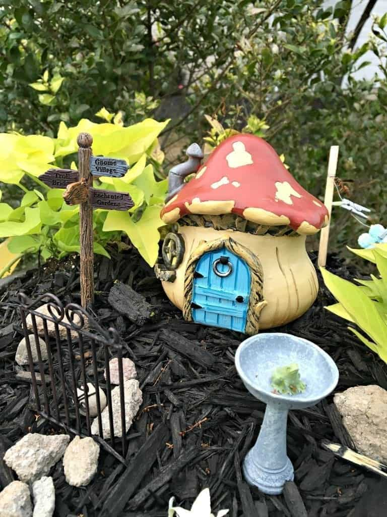 Gnome House at SnazzyLittleThings.com