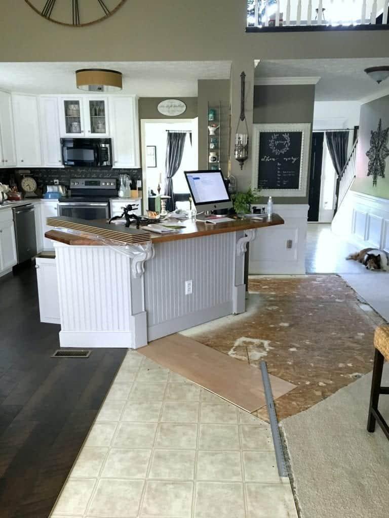 Grey pergo flooring home flooring ideas for Gray pergo flooring