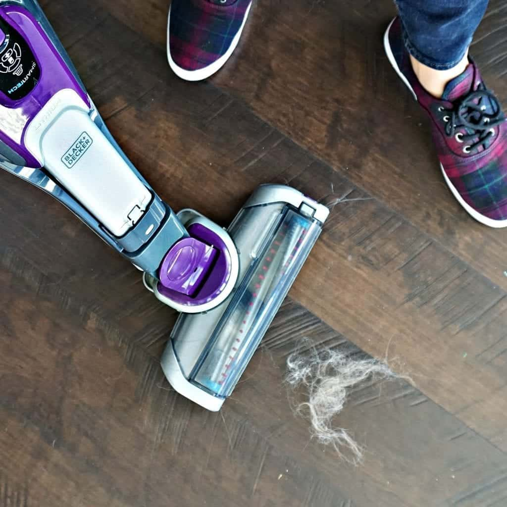 black-and-decker-1-in-1-stick-vacuum-by-snazzylittlethings