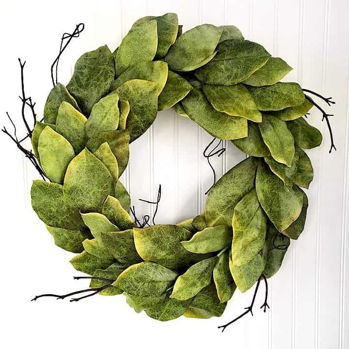 24 Magnolia Garden Wreath Close Up