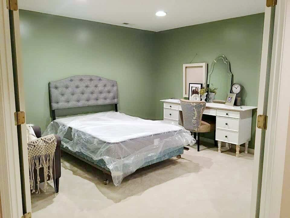 One Room Challenge Week 2 Furniture Placement in Guest Room