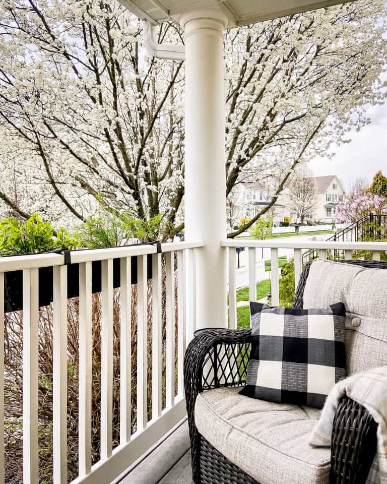 Spring Porch Tour in Full Bloom
