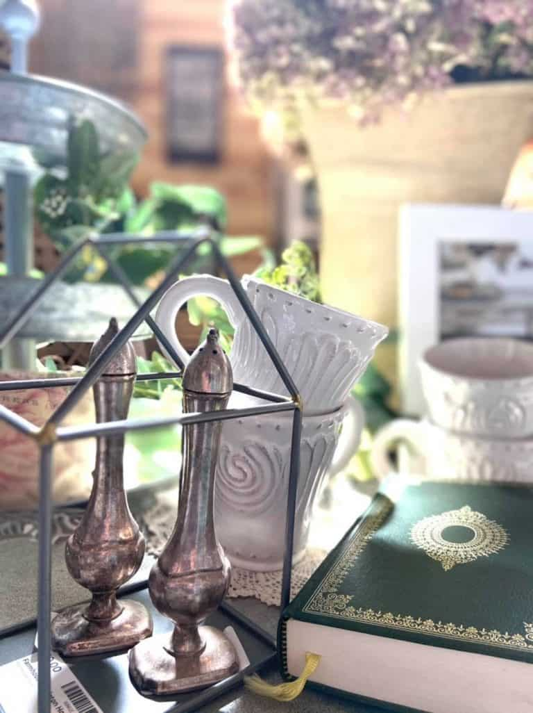 How to Set Up An Antique Booth