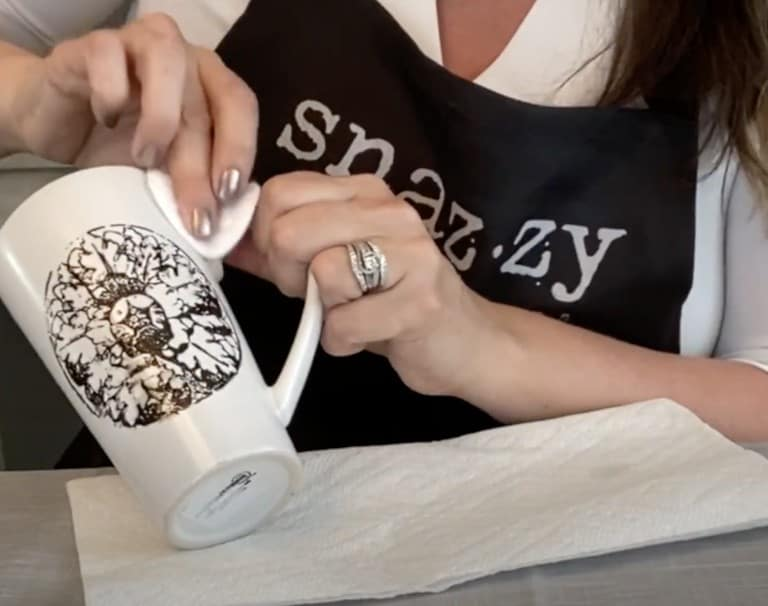 DIY Painted Mugs That Are Dishwasher-Friendly